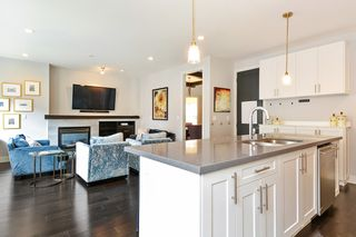 "Photo 11: 39 15988 32 Avenue in Surrey: Grandview Surrey Townhouse for sale in ""BLU"" (South Surrey White Rock)  : MLS®# R2388879"