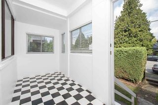Photo 2: 2736 W 41ST Avenue in Vancouver: Kerrisdale House for sale (Vancouver West)  : MLS®# R2408668