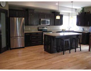 Photo 3:  in ANOLA: Anola / Dugald / Hazelridge / Oakbank / Vivian Single Family Detached for sale (Winnipeg area)  : MLS®# 2914691