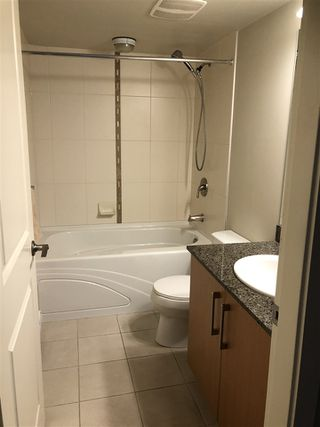 Photo 4: 304 2096 W 46TH Avenue in Vancouver: Kerrisdale Condo for sale (Vancouver West)  : MLS®# R2430964