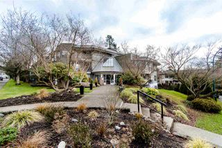 "Photo 2: 108 14950 THRIFT Avenue: White Rock Condo for sale in ""THE MONTEREY"" (South Surrey White Rock)  : MLS®# R2432223"