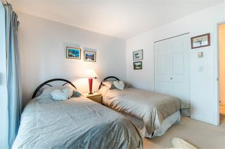 "Photo 17: 108 14950 THRIFT Avenue: White Rock Condo for sale in ""THE MONTEREY"" (South Surrey White Rock)  : MLS®# R2432223"