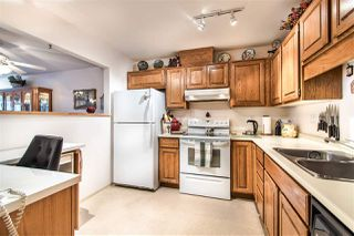 "Photo 11: 108 14950 THRIFT Avenue: White Rock Condo for sale in ""THE MONTEREY"" (South Surrey White Rock)  : MLS®# R2432223"