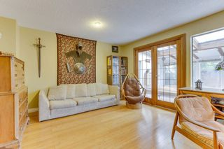 Photo 4: 870 PINEBROOK Place in Coquitlam: Meadow Brook 1/2 Duplex for sale : MLS®# R2464151