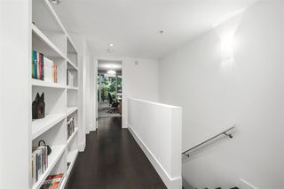 "Photo 18: 1685 W 8TH Avenue in Vancouver: Fairview VW Townhouse for sale in ""CAMERA"" (Vancouver West)  : MLS®# R2475264"