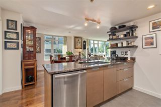 "Photo 8: 261 2080 W BROADWAY Avenue in Vancouver: Kitsilano Condo for sale in ""Pinnacle Living on Broadway"" (Vancouver West)  : MLS®# R2496208"