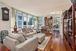 "Photo 4: 261 2080 W BROADWAY Avenue in Vancouver: Kitsilano Condo for sale in ""Pinnacle Living on Broadway"" (Vancouver West)  : MLS®# R2496208"