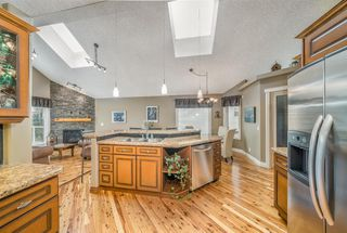 Photo 8: 177 Hidden Ranch Crescent NW in Calgary: Hidden Valley Detached for sale : MLS®# A1051412