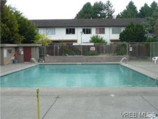 Photo 8: 3532 Tillicum Rd in VICTORIA: SW Tillicum Condo for sale (Saanich West)  : MLS®# 555694