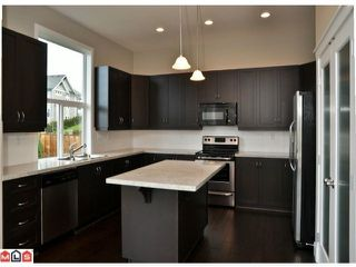"Photo 2: 6092 163A Street in Surrey: Cloverdale BC House for sale in ""VISTA'S WEST"" (Cloverdale)  : MLS®# F1028280"