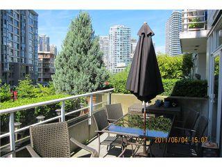 "Photo 8: 501 189 DAVIE Street in Vancouver: VVWYA Condo for sale in ""AQUARIUS III"" (Vancouver West)  : MLS®# V867604"