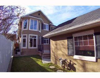 Photo 10: 2140 26 Avenue SW in CALGARY: Richmond Park Knobhl Residential Attached for sale (Calgary)  : MLS®# C3355116