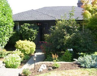 "Photo 1: 1137 CLOVERLEY Street in North_Vancouver: Calverhall House for sale in ""CALVERHALL"" (North Vancouver)  : MLS®# V752325"