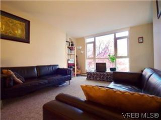 Photo 1: 207 835 View St in VICTORIA: Vi Downtown Condo for sale (Victoria)  : MLS®# 498398