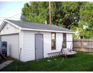 Photo 10: 320 SACKVILLE Street in WINNIPEG: St James Residential for sale (West Winnipeg)  : MLS®# 2913994