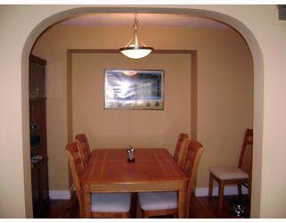 Photo 5: 320 SACKVILLE Street in WINNIPEG: St James Residential for sale (West Winnipeg)  : MLS®# 2913994