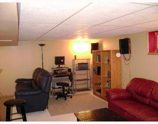 Photo 8: 320 SACKVILLE Street in WINNIPEG: St James Residential for sale (West Winnipeg)  : MLS®# 2913994