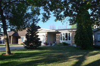 Photo 1: 51 Marcoux Place in Winnipeg: Island Lakes Residential for sale (2J)  : MLS®# 1925765