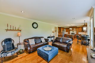 Photo 9: 15785 38A Avenue in Surrey: Morgan Creek House for sale (South Surrey White Rock)  : MLS®# R2411895