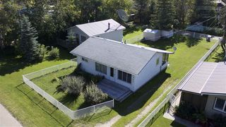 Photo 4: 5907 50 Avenue: Rural Lac Ste. Anne County House for sale : MLS®# E4177002