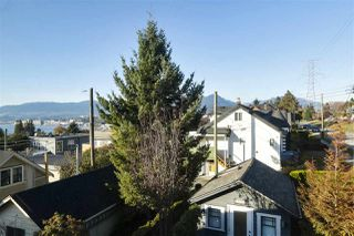"Photo 20: 3693 DUNDAS Street in Vancouver: Hastings Sunrise House for sale in ""HASTINGS EAST/SUNRISE"" (Vancouver East)  : MLS®# R2419248"