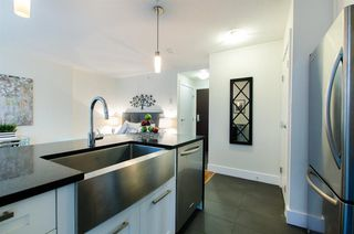 Photo 10: 1004 888 HOMER STREET in Vancouver West: Home for sale : MLS®# R2104957