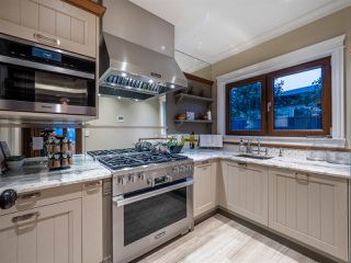 Photo 34: 2809 EDGEMONT Boulevard in North Vancouver: Edgemont House for sale : MLS®# R2455288