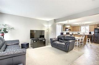 Photo 3: 120 EVERGLEN Road SW in Calgary: Evergreen Detached for sale : MLS®# C4305496