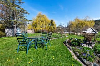 Photo 37: 734 Newbury St in Saanich: SW Gorge Single Family Detached for sale (Saanich West)  : MLS®# 837827