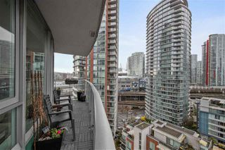 "Photo 9: 1703 58 KEEFER Place in Vancouver: Downtown VW Condo for sale in ""Firenze"" (Vancouver West)  : MLS®# R2480311"