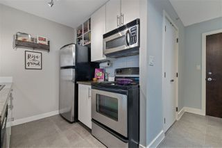 "Photo 16: 1703 58 KEEFER Place in Vancouver: Downtown VW Condo for sale in ""Firenze"" (Vancouver West)  : MLS®# R2480311"