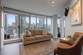 "Photo 13: 1703 58 KEEFER Place in Vancouver: Downtown VW Condo for sale in ""Firenze"" (Vancouver West)  : MLS®# R2480311"
