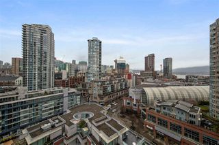 "Photo 12: 1703 58 KEEFER Place in Vancouver: Downtown VW Condo for sale in ""Firenze"" (Vancouver West)  : MLS®# R2480311"