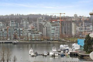 "Photo 11: 1703 58 KEEFER Place in Vancouver: Downtown VW Condo for sale in ""Firenze"" (Vancouver West)  : MLS®# R2480311"