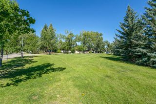 Photo 5: 14048 PARKLAND Boulevard SE in Calgary: Parkland Detached for sale : MLS®# A1018144