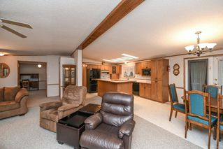 Photo 11: 25 4714 Muir Rd in : CV Courtenay East Manufactured Home for sale (Comox Valley)  : MLS®# 859854