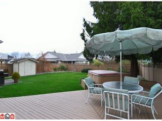 "Photo 9: 9280 154A Street in Surrey: Fleetwood Tynehead House for sale in ""BERKSHIRE PARK"" : MLS®# F1007841"