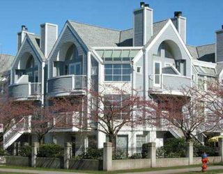 """Photo 1: 795 W 15TH Avenue in Vancouver: Fairview VW Townhouse for sale in """"WILLOW PLACE"""" (Vancouver West)  : MLS®# V758859"""