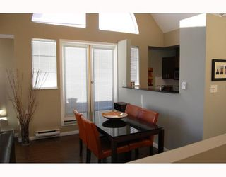 """Photo 4: 795 W 15TH Avenue in Vancouver: Fairview VW Townhouse for sale in """"WILLOW PLACE"""" (Vancouver West)  : MLS®# V758859"""