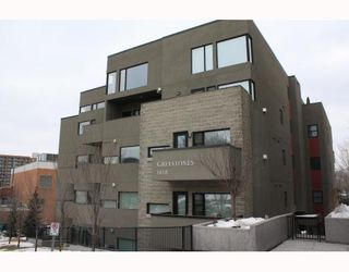Photo 1:  in CALGARY: Lower Mount Royal Condo for sale (Calgary)  : MLS®# C3374626