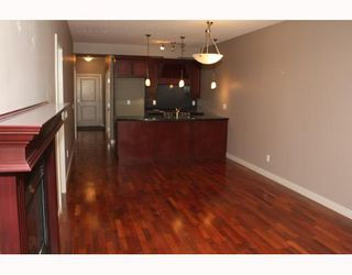 Photo 4:  in CALGARY: Lower Mount Royal Condo for sale (Calgary)  : MLS®# C3374626
