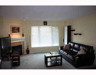 """Photo 3: 25 2351 PARKWAY Boulevard in Coquitlam: Westwood Plateau Townhouse for sale in """"WINDANCE"""" : MLS®# V767577"""