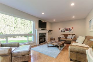 "Photo 6: 5399 BRIGANTINE Road in Delta: Neilsen Grove House for sale in ""MARINA GARDENS"" (Ladner)  : MLS®# R2401253"