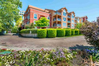 "Photo 18: 423 3 RIALTO Court in New Westminster: Quay Condo for sale in ""The Rialto"" : MLS®# R2408351"