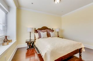Photo 15: 350 E 60TH Avenue in Vancouver: South Vancouver House for sale (Vancouver East)  : MLS®# R2415382