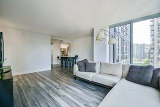 """Photo 7: 903 930 CAMBIE Street in Vancouver: Yaletown Condo for sale in """"PACIFIC PLACE LANDMARK II"""" (Vancouver West)  : MLS®# R2422191"""