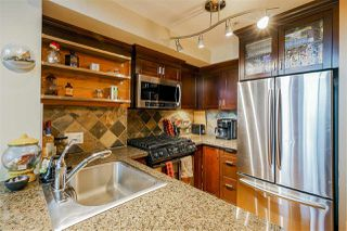 "Photo 3: 419 10 RENAISSANCE Square in New Westminster: Quay Condo for sale in ""MURANO LOFTS"" : MLS®# R2435316"