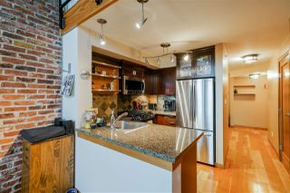 "Photo 4: 419 10 RENAISSANCE Square in New Westminster: Quay Condo for sale in ""MURANO LOFTS"" : MLS®# R2435316"