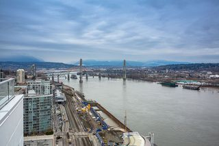 "Photo 4: 3102 908 QUAYSIDE Drive in New Westminster: Quay Condo for sale in ""Riversky 1"" : MLS®# R2463848"