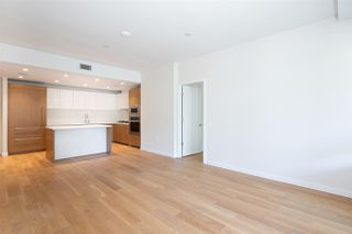 "Photo 5: 305 788 ARTHUR ERICKSON Place in West Vancouver: Park Royal Condo for sale in ""Evelyn by Onni"" : MLS®# R2475464"